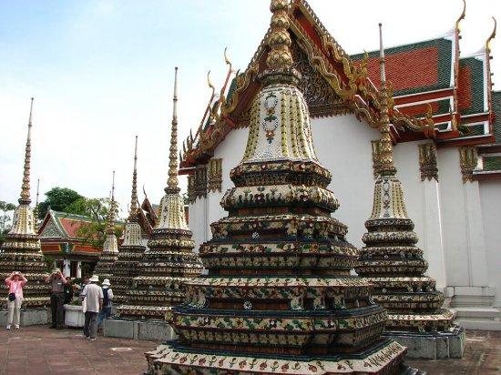 Wat Po a jeho nespočetné čedíky