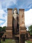 Budha, tentokrát stojící